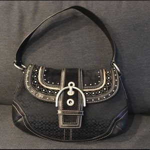 Coach Signature Hobo Shoulder Bag